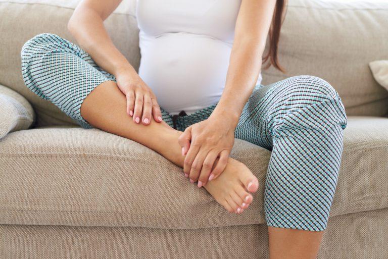 Homöopathie in der Schwangerschaft: Cuprum hilft bei Krämpfen