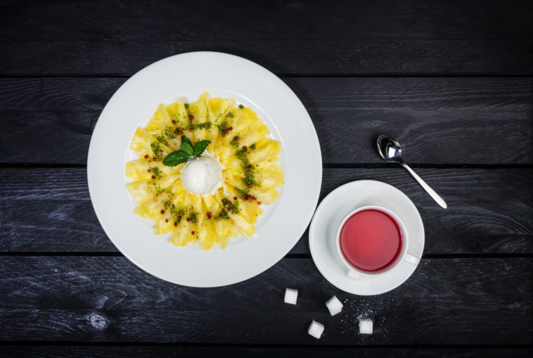 Gesund abnehmen mit leckerem Ananas-Dessert