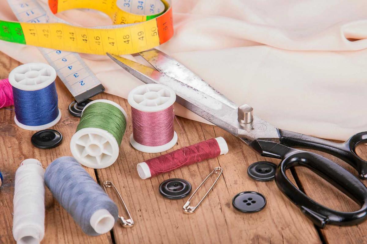 Wie Sie mit Applikationen Textilien reparieren und gestalten