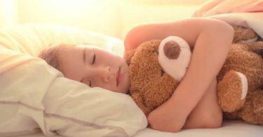 Bettnässen: Wie können Eltern Ihren Kindern helfen?