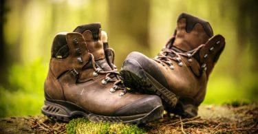 Wandern: So vermindern Sie Blasen an den Füßen