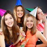 Jugendparty: 10 lustige Spiele lockern die Stimmung auf