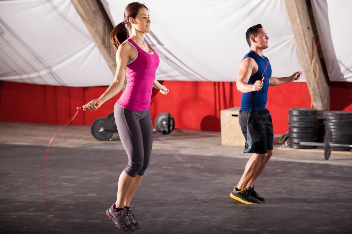 Seilspringen als Bauch-Beine-Po-Fitnesstraining