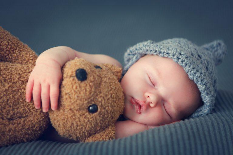 Wie Sie Grüße und Glückwünsche zur Geburt eines Kindes gut formulieren