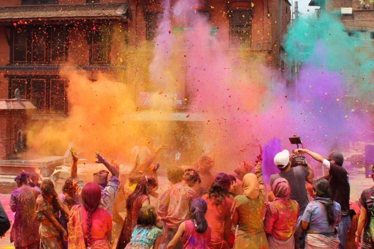 Holi – erleben Sie das Festival der Farben in Indien