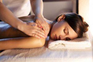Rücken: Hilft eine Massage wirklich bei Rückenschmerzen?
