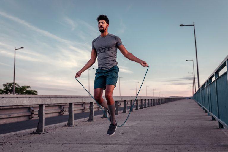 Seilspringen für die Fitness und zum Abnehmen
