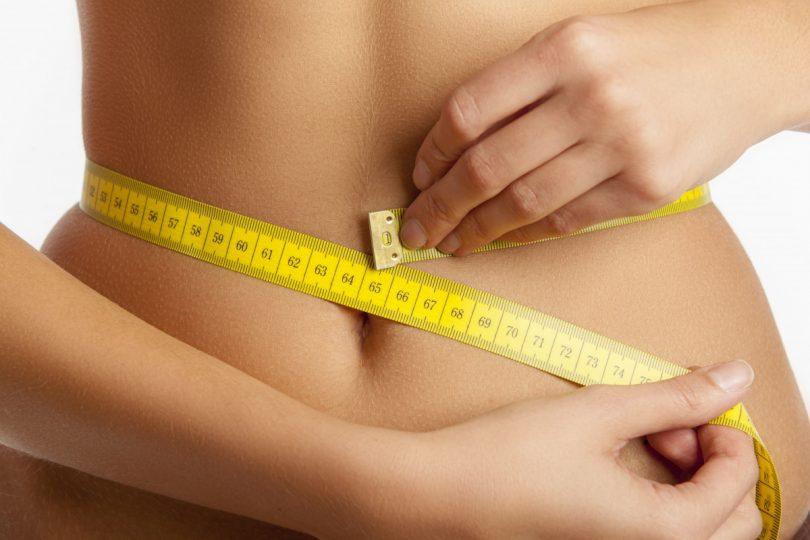 Wichtig beim Abnehmen: Körper entsäuern und Muskeln aufbauen