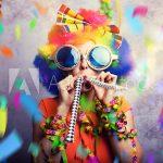 Mit Kindern Musikinstrumente für Karneval basteln