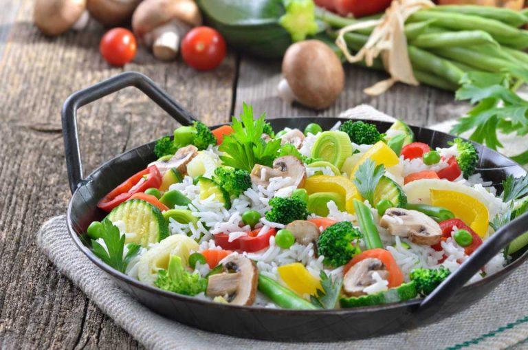 Ein leckeres Rezept zur Fastenzeit: Vegetarische Reispfanne