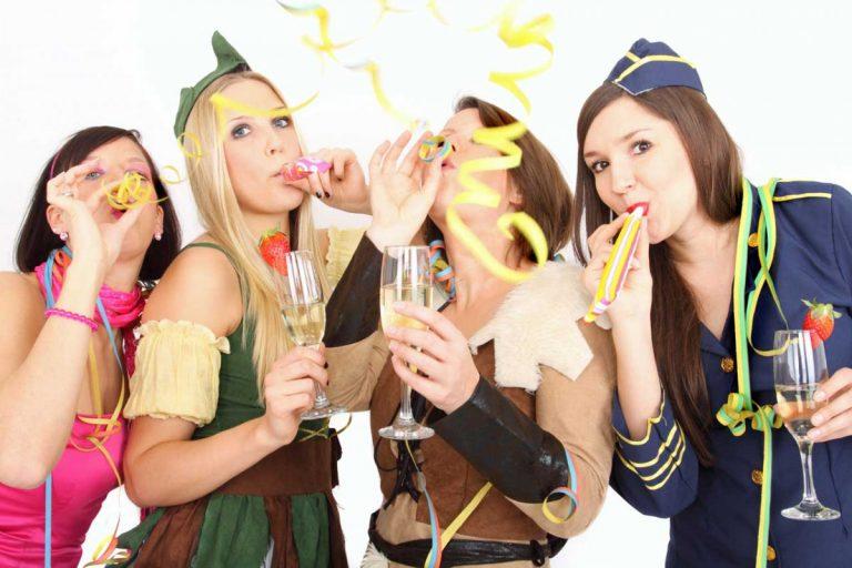 Karneval: Tipps für Märchenkostüme und Kostüme für Erwachsene