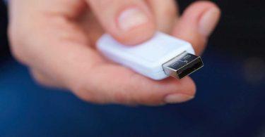Daten per USB-Stick auf iPhone und iPad übertragen