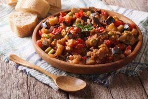 Vegetarische Mittelmeer-Küche: Rezepte mit Aubergine und Paprika