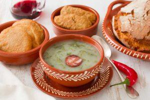 Wintergemüse: Rezept für portugiesische Grünkohlsuppe Caldo Verde