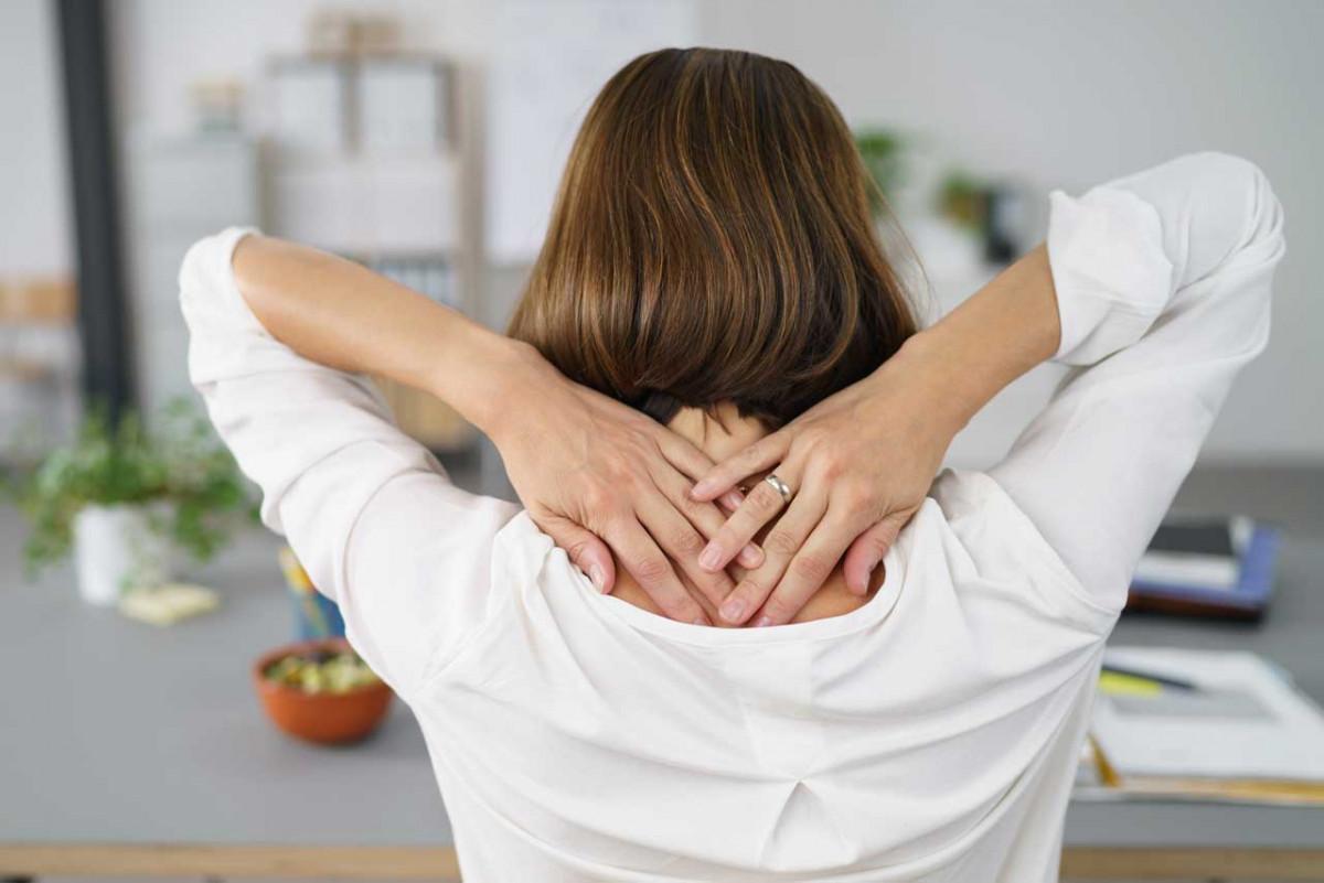 Homöopathie bei Rückenschmerzen: Folgen von Durchnässung oder Zugluft behandeln