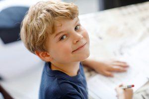 Hausaufgaben - als motorischer Lerntyp mit Bewegung lernen