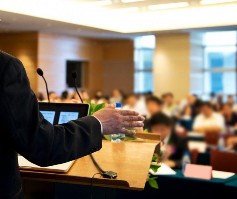 Spontan eine Rede halten – und damit überzeugen