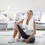 Fit zu Hause: Kniebeugen sind die beste Beinübung