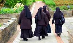 Leben Sie wie im Kloster und werden glücklicher