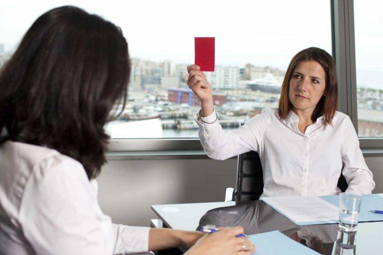 Die häufigsten Fehler, die Bewerber im Vorstellungsgespräch machen