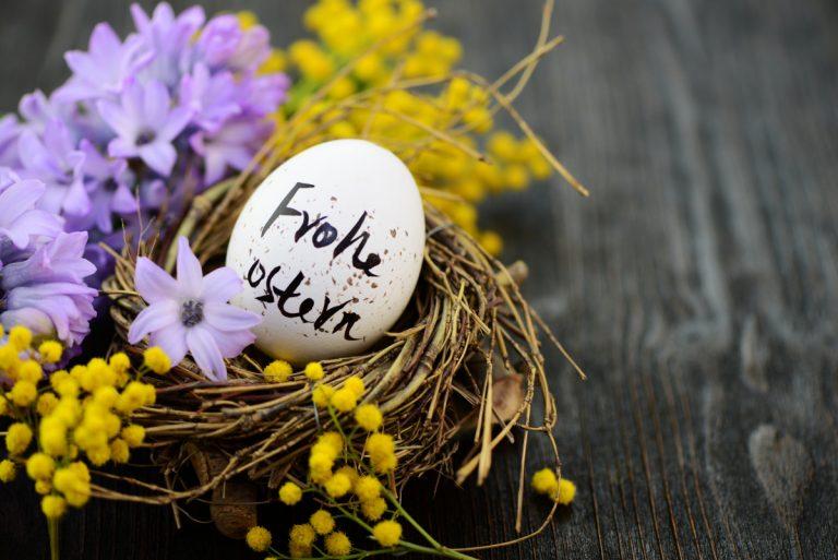 Wie Sie niveauvolle Ostergrüße und Wünsche zu Ostern versenden