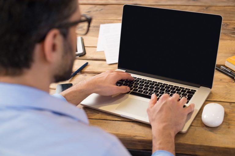 PC im Büro oder Tablet und Notebook - was passt zu Ihnen?