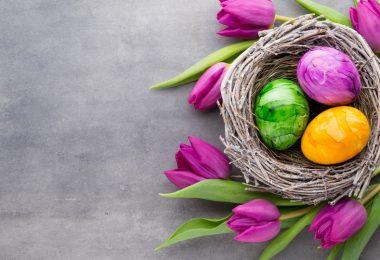 Tipps zu Ostern: Mit Zwiebelschalen Eier färben