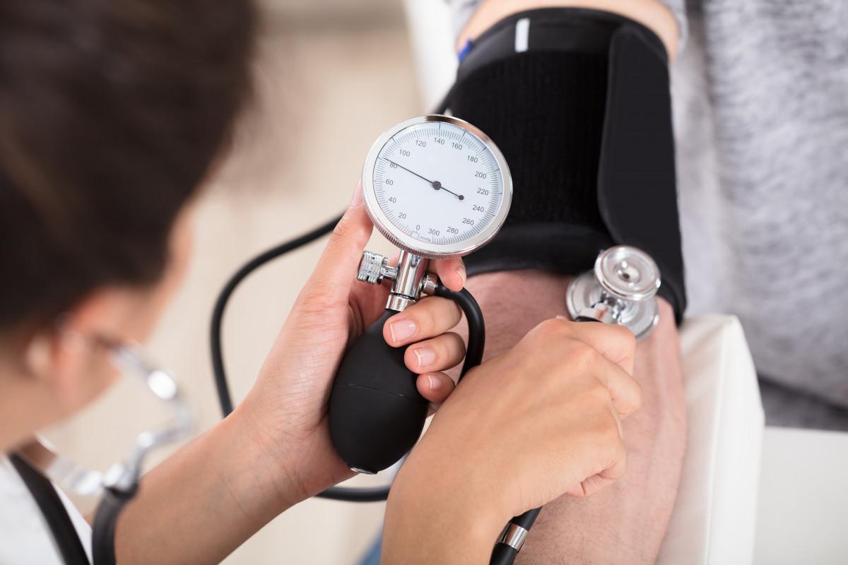 Mit vier einfachen Tipps die Hypertonie bekämpfen