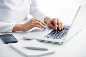 Looking for new business? Schreiben Sie über Ihre Firma – auf Englisch