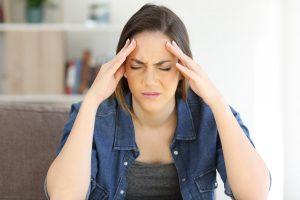 Spannungskopfschmerzen durch Stress: Helfen Sie sich selbst