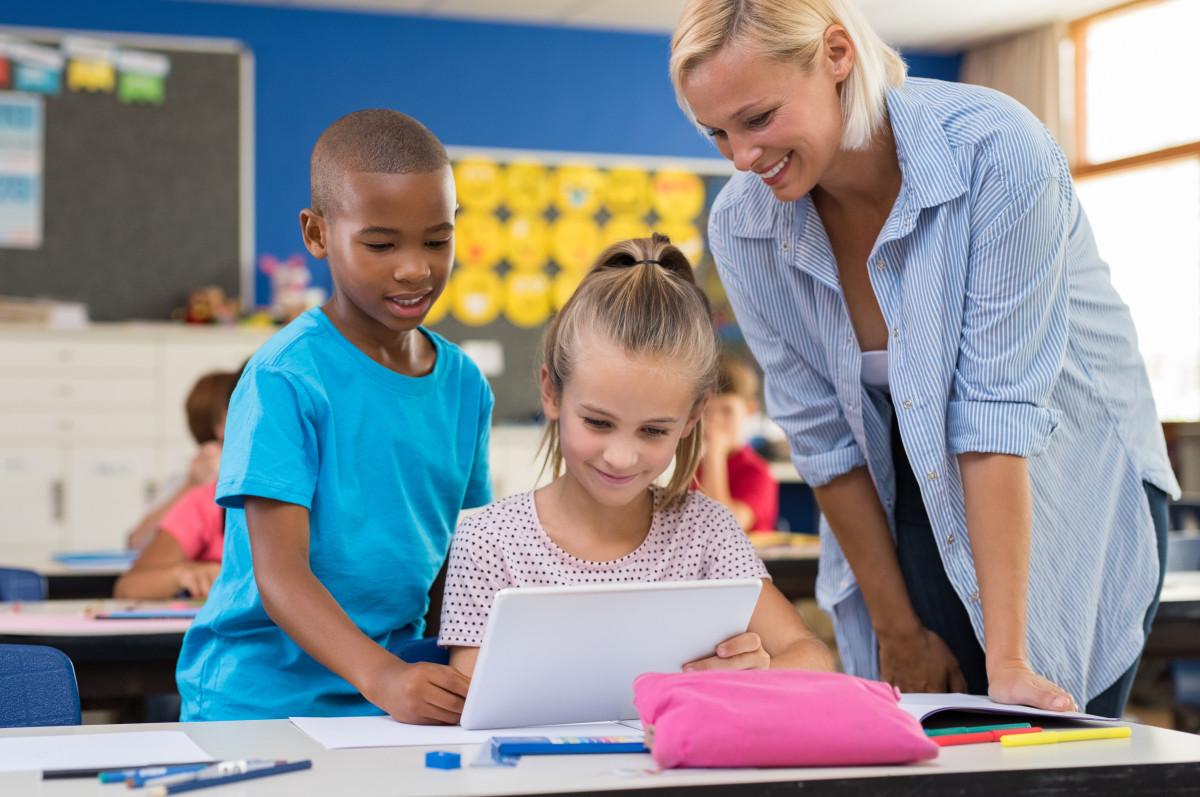 In die Schule mit Papier und Bleistift oder mit dem iPad?
