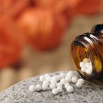Solanum nigrum als homöopathisches Mittel einsetzen