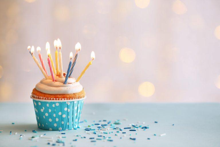 Bekannte Lieder schnell in Geburtstagsgedichte umdichten