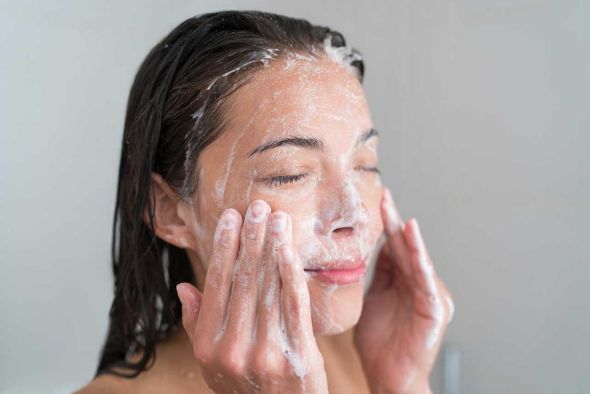 Gepflegte Haut ist saubere Haut – Tipps zur schonenden Hautreinigung