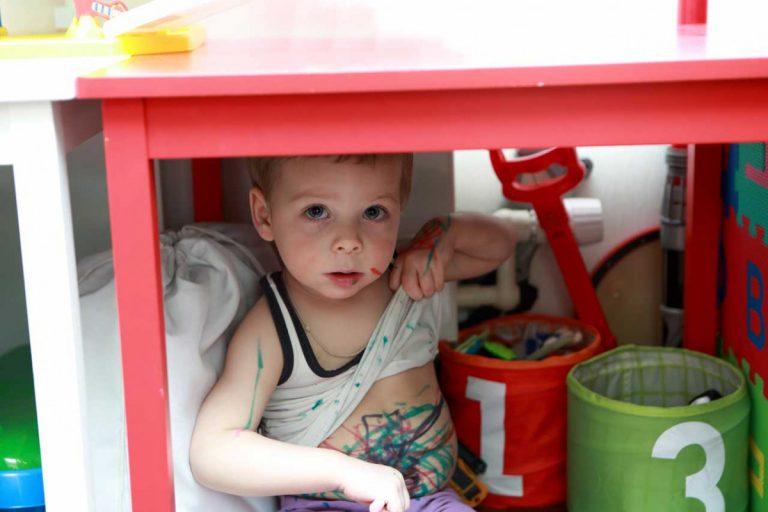 Die größten Irrtümer: Lassen Sie Ihr Kind machen, was es will