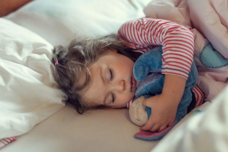 Durchschlafen: Warum frühe Schlaferziehung bei Kindern wichtig ist