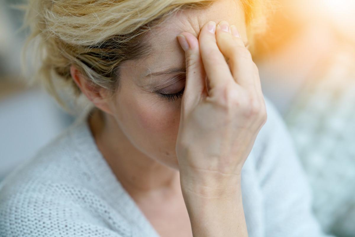 Migräne: Welche Symptome und Behandlungsmöglichkeiten gibt es?