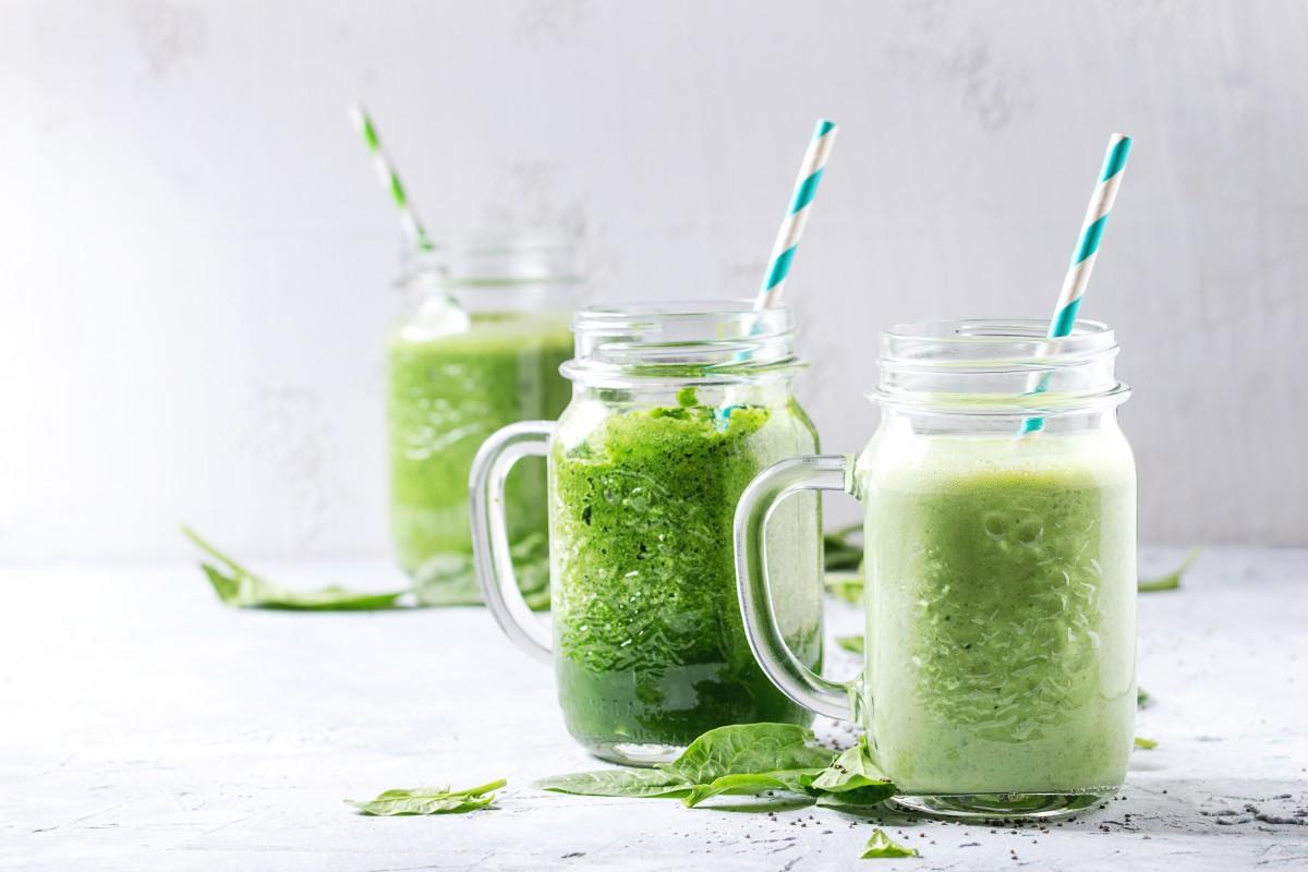"""Fasten """"light"""" mit grünen Smoothies"""
