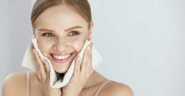 Auf richtige Kosmetikprodukte achten: Was Ihre Haut alles erzählt