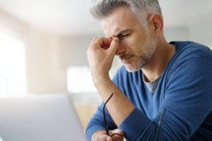 Kopfschmerzen: Ursachen erkennen und behandeln