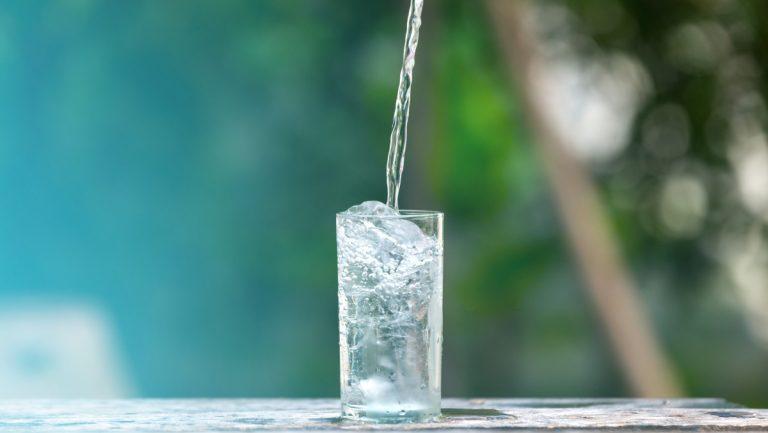 Die größten Irrtümer: Kaltes Wasser macht schlank