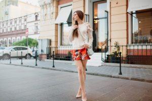Sommermode: Mogeln Sie Ihren Bauch weg