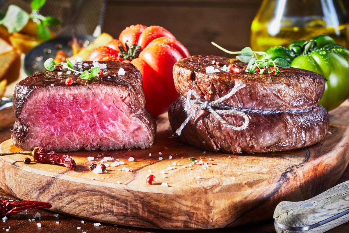 Sechs Grilltipps: Argentinisches Rindersteak richtig zubereiten