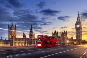 Umgangsformen in Großbritannien: Worauf Sie achten sollten