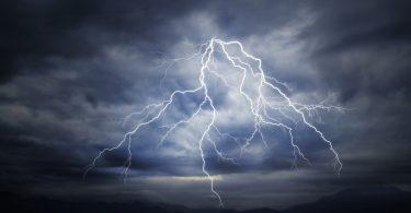 Die größten Irrtümer: Bei Gewitter Stecker ziehen