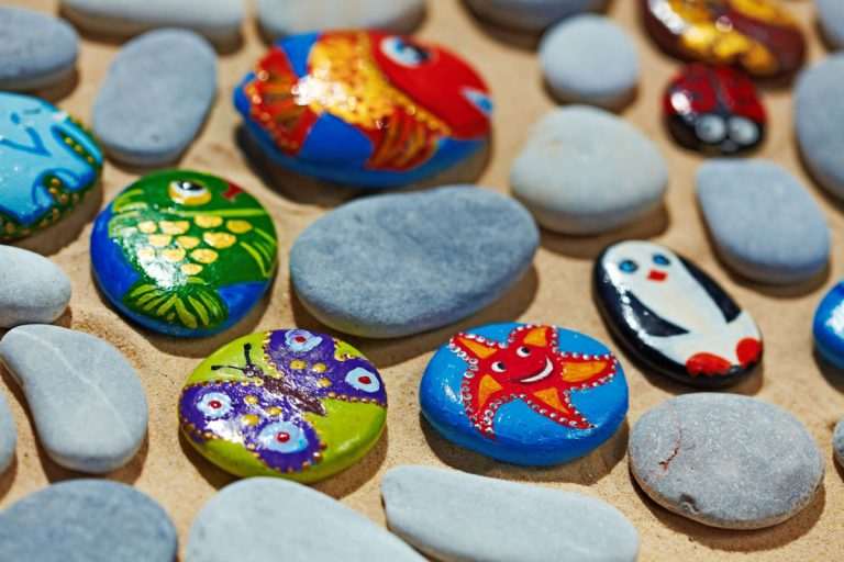 Kleine Materialkunde: Malen und Basteln mit Naturmaterialien