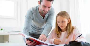 So lernt Ihr Kind, sein Arbeitsverhalten selbst einzuschätzen