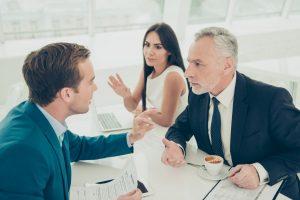 Streit, Konflikt oder Mobbing? Erkennen Sie den Unterschied