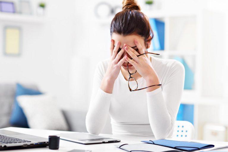 Vermeiden Sie Belastungen und Stress im Büro