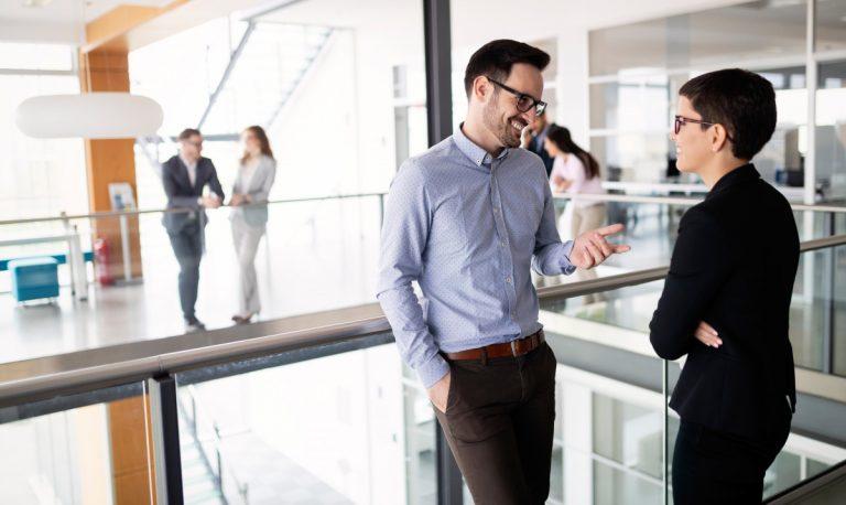 Vier Tipps zur besseren Mitarbeiterkommunikation